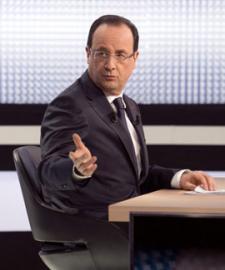 Hollande traspasa el impuesto del 75% a las grandes empresas