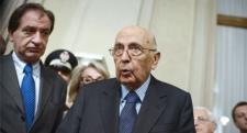 Napolitano se reúne con los diez 'sabios' para evitar la parálisis de Italia