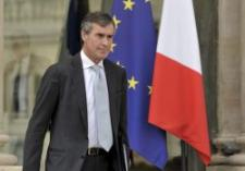Francia aplazará nuevos ajustes hasta después de 2013 por su impacto recesivo